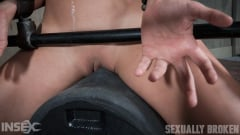 Julia Waters - Julia Waters first ever porn shoot. Brutal throat fuckings, ANAL fucking, with amazing bondage (Thumb 04)