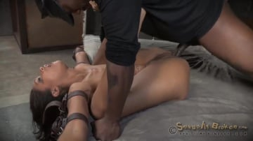 Skin Diamond - AVN winner Skin Diamond's LAST BOY GIRL SHOOT, rough fucking and brutal deepthroat on BBC!