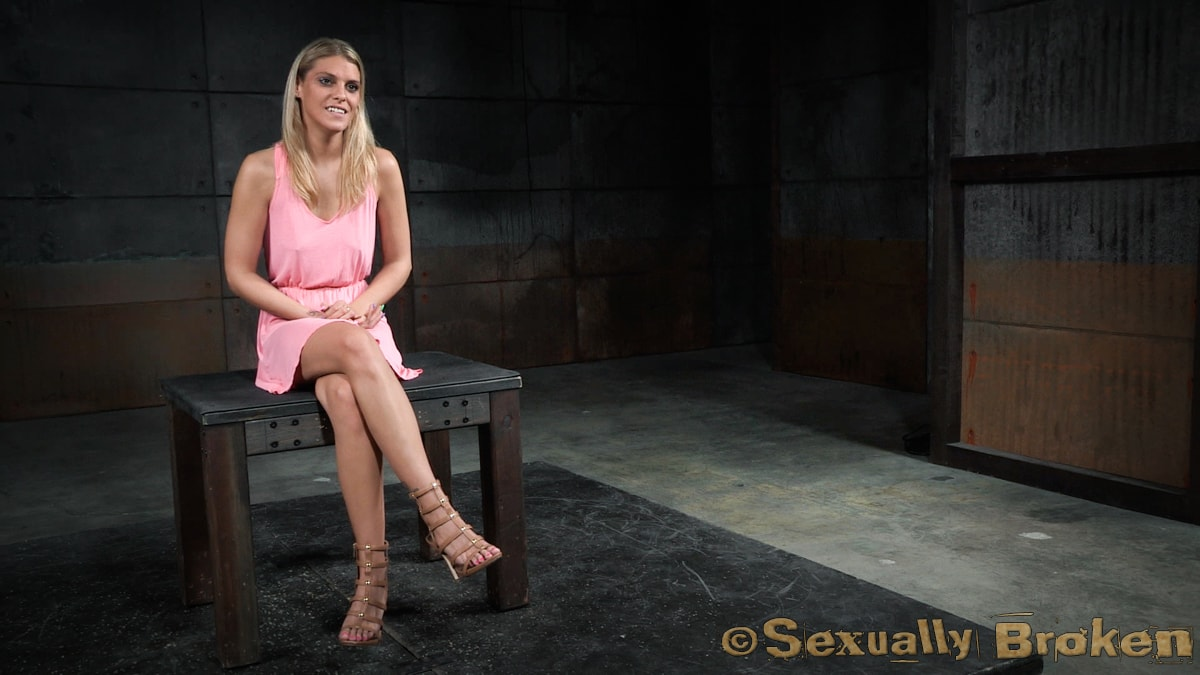 Insex 'Sexy Stevie Smith gets the Sexuallybroken treatment, squirting, rough sex and deepthroat!' starring Stevie Smith (photo 2)