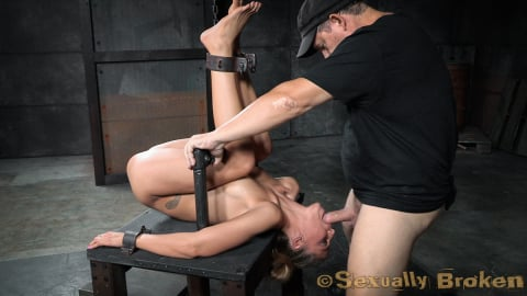 Insex 'Sexy Stevie Smith gets the Sexuallybroken treatment, squirting, rough sex and deepthroat!' starring Stevie Smith (Photo 5)