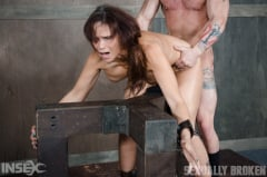 Syren De Mer - The Stunning Syren De Mer is Rode Hard and Put Up Wet! (Thumb 01)
