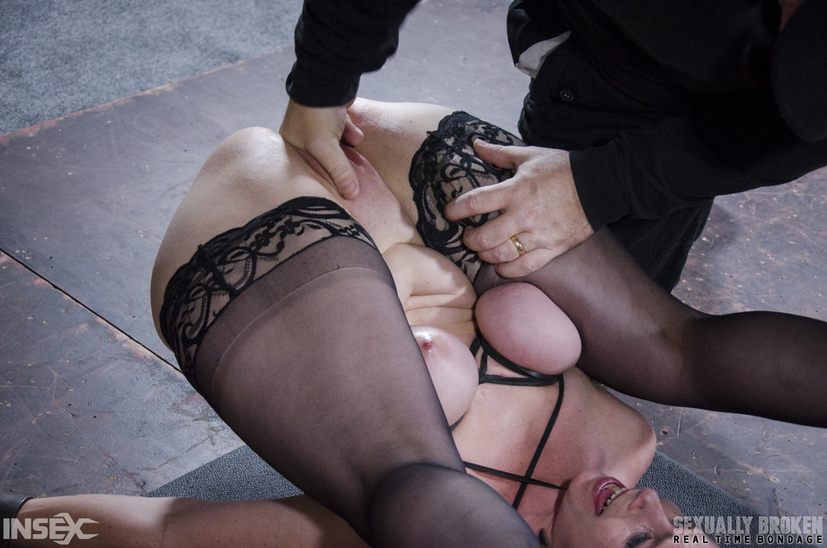Insex 'BaRS Part 3: The Pile Driver! No other position makes a girl feel like a complete slut!' starring Bella Rossi (Photo 12)