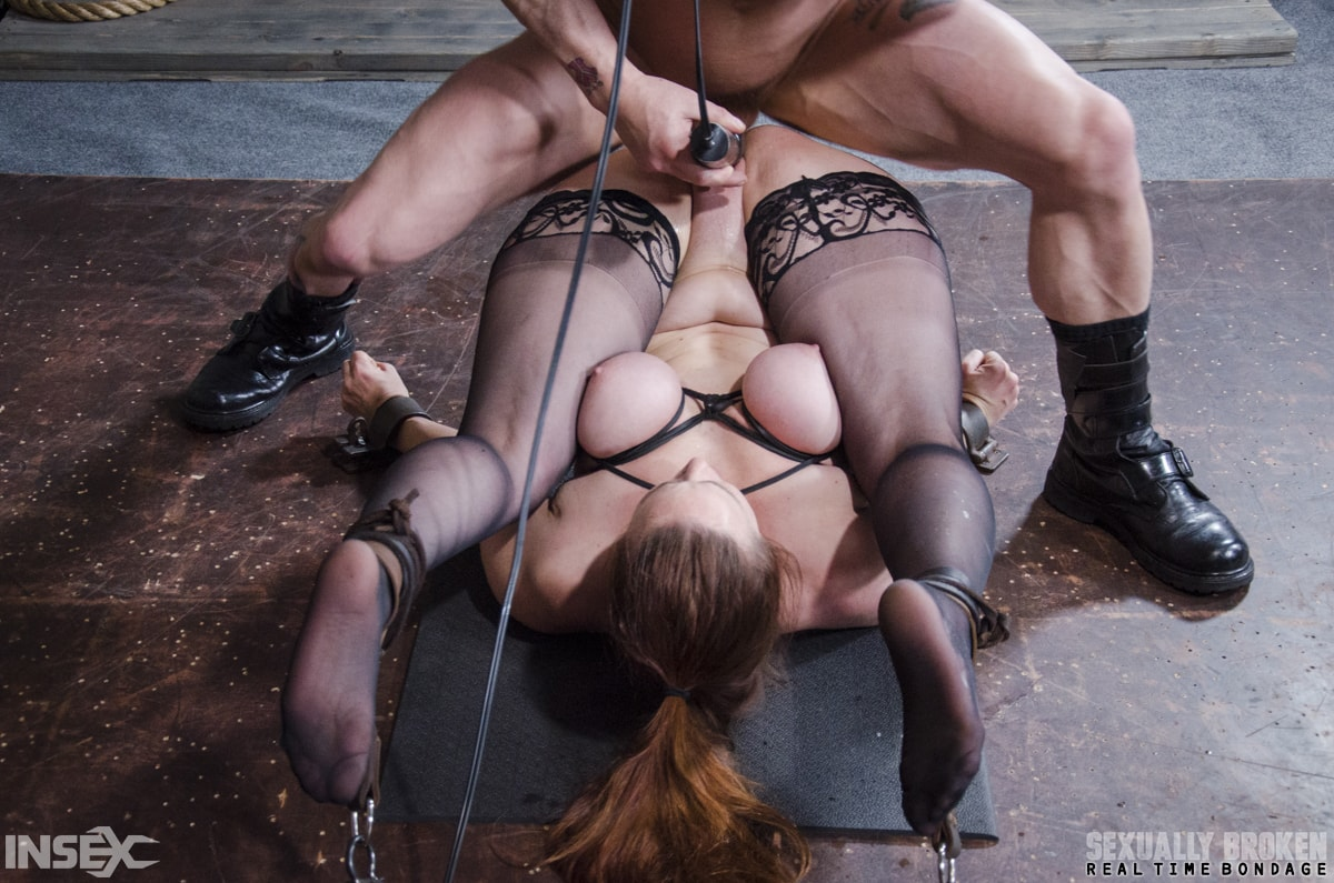 Insex 'BaRS Part 3: The Pile Driver! No other position makes a girl feel like a complete slut!' starring Bella Rossi (Photo 13)