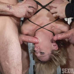 Dee Williams in 'Insex' shows you what it's like when a legendary bondage model becomes a porn star! (Thumbnail 11)