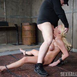 Kenzie Taylor in 'Insex' Gorgeous Blond Kenzie Taylor gets facesat and throat fucked! (Thumbnail 7)