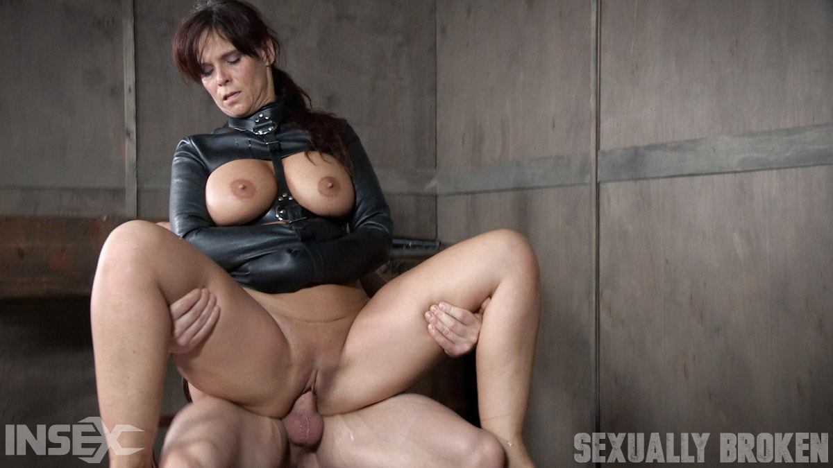 Insex 'helpless in a straight jacket, manhandled back and forth, throated and roughly fucked!' starring Syren De Mer (Photo 7)